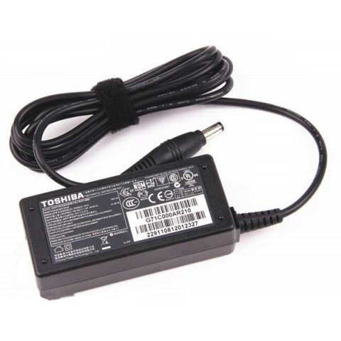 Replacement Toshiba Portege Z935-ST2N01 AC Power Adapter Charger